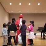 ピアノ教室のサンタさん♪